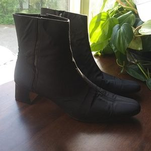 Gucci Ankle Boots Leather Zip Up 7 B